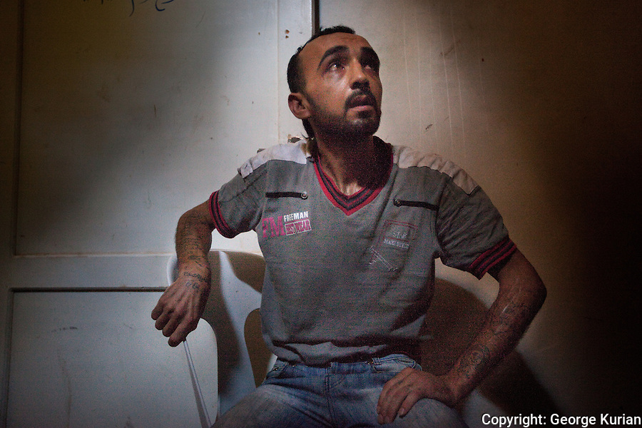 l0/08/20l2 Al Bab: Free Syrian Army Prison: <br />