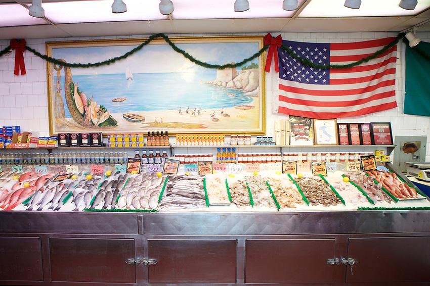Bronx, NY - November 2, 2017:  A tour of holiday food shopping on Arthur Avenue in The Bronx's historic Italian neighborhood led by Danielle Oteri of Arthur Avenue Food Tours.<br /> <br /> CREDIT: Clay Williams for Edible Bronx.<br /> <br /> &copy; Clay Williams / claywilliamsphoto.com