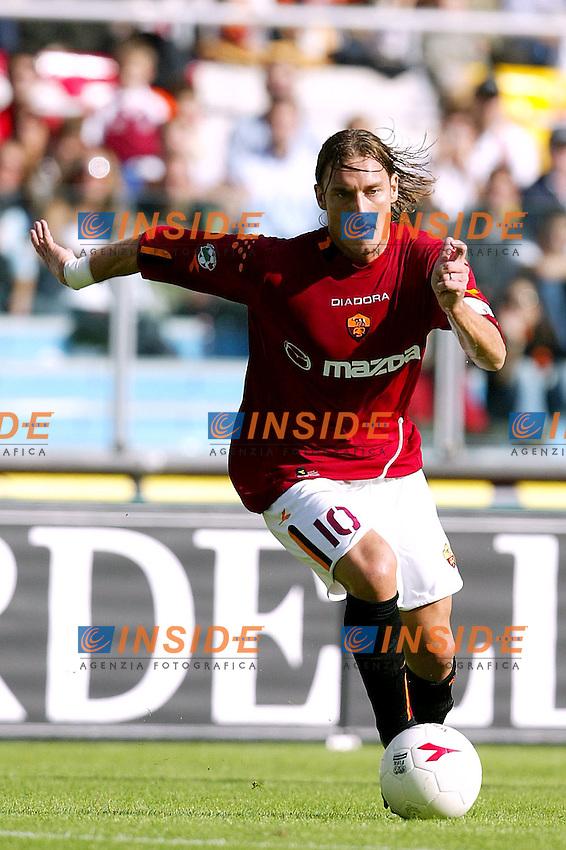 Roma 19/10/2003 <br /> Roma Parma 2-0 <br /> Francesco Totti (Roma)<br /> Foto Staccioli / Insidefoto