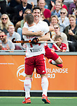 AMSTELVEEN - Phil Roper (Eng) scores  during the poulematch England v Germany (men) 3-4,Rabo Eurohockey Championships 2017.  celebrating with Mark Gleghorne (Eng) . WSP COPYRIGHT KOEN SUYK