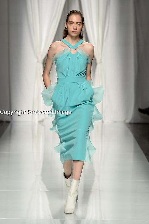 womenswear ready to wear<br /> pr&Iacute;t a porter<br /> summer 2017<br /> Emanuel Ungaro