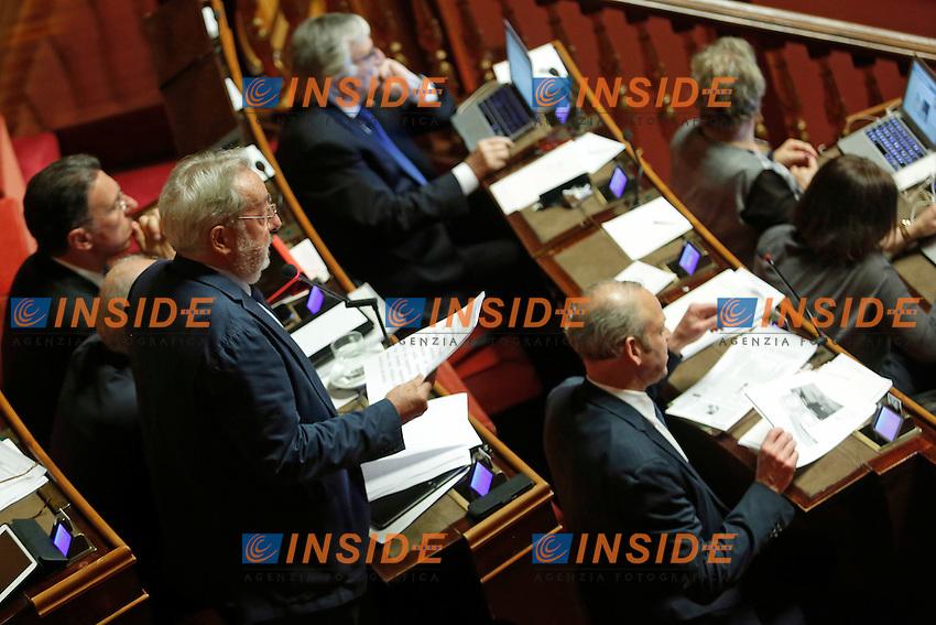 Enrico Buemi<br /> Roma 19-04-2016 Senato. Mozione di sfiducia al Governo da parte del Movimento 5 Stelle, della Lega Nord  di Forza Italia.<br /> Photo Samantha Zucchi Insidefoto