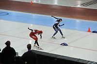 SPEED SKATING: SALT LAKE CITY: 21-11-2015, Utah Olympic Oval, ISU World Cup, 500m Ladies, finish, Hong Zhang (CHN), Sang-HWa Lee (KOR), ©foto Martin de Jong