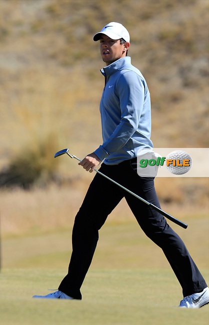 Rory MCILROY (NIR) on the 17th green during Wednesday's Practice Day of the 2015 U.S. Open 115th National Championship held at Chambers Bay, Seattle, Washington, USA. 6/17/2015.<br /> Picture &copy; Golffile/Eoin Clarke