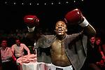 Nederland, Amsterdam, 15 oktober  2012.Seizoen 2012-2013.Ben Bril Memorial Carre Amsterdam.Innocent Anyanwu is een Nederlands bokser van Nigeriaanse komaf.