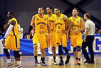 The Mountainairs regroup during the national basketball league match between Wellington Saints and Taranaki Mountain Airs at TSB Bank Arena, Wellington, New Zealand on Friday, 17 April 2015. Photo: Dave Lintott / lintottphoto.co.nz