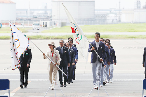 (L-R)  Yuriko Koike, Keisuke Ushiro (JPN), AUGUST 24, 2016 : The Olympic flag welcoming ceremony at Haneda Airport in Tokyo, Japan. The Olympic flag was received to Tokyo governor from IOC President at the Rio de Janeiro 2016 Olympic Games closing ceremony on August 21. Tokyo is host of the 2020 Olympic games. (Photo by Sho Tamura/AFLO SPORT)