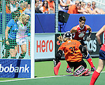 The Hague, Netherlands, June 08: During the first half during the field hockey group match (Women - Group B) between USA and Germany on June 8, 2014 during the World Cup 2014 at GreenFields Stadium in The Hague, Netherlands. Final score 4-1 (1-0) (Photo by Dirk Markgraf / www.265-images.com) *** Local caption *** Jackie Kintzer #31 of USA, Caroline Nichols #19 of USA+, u12+