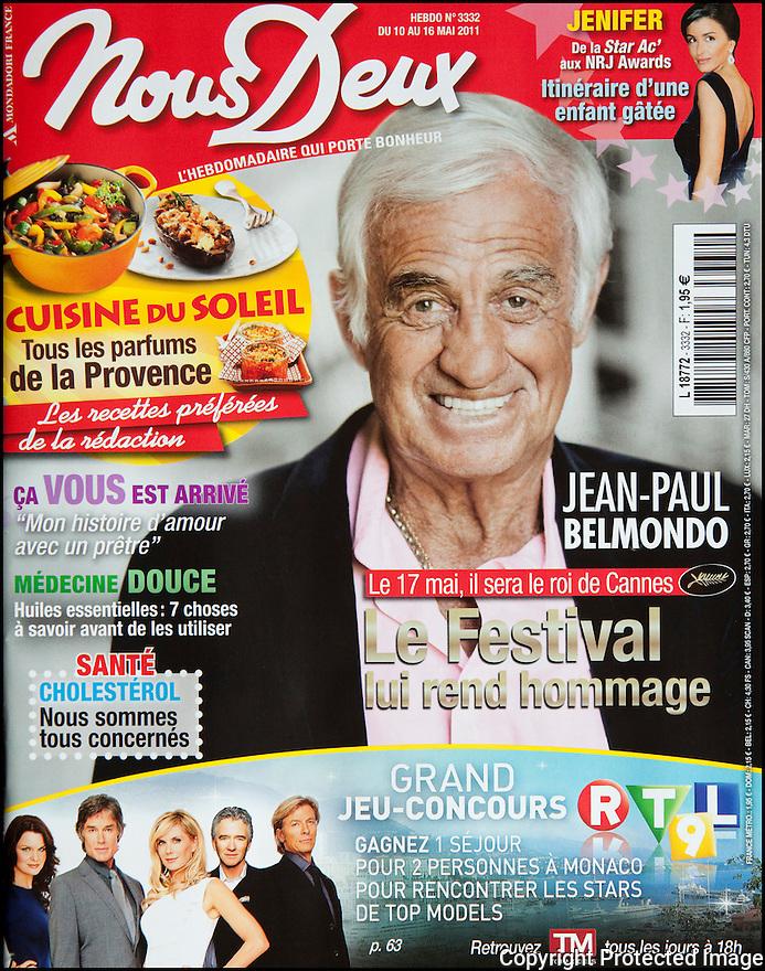 Presse<br /> Nous Deux<br /> Jean-Paul Belmondo.