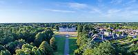 France, Loir-et-Cher (41), Cheverny, château de Cheverny (vue aérienne)