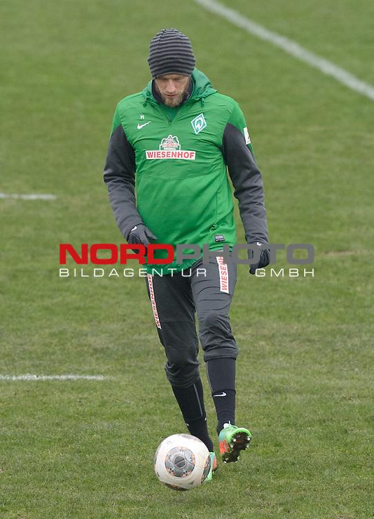 29.01.2014, Trainingsgelaende, Bremen, GER, 1.FBL, Training Werder Bremen, im Bild Aaron Hunt (Bremen #14)<br /> <br /> Foto &copy; nordphoto / Frisch