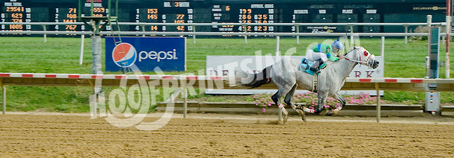 High Mystery winning at Delaware Park on 10/1/12