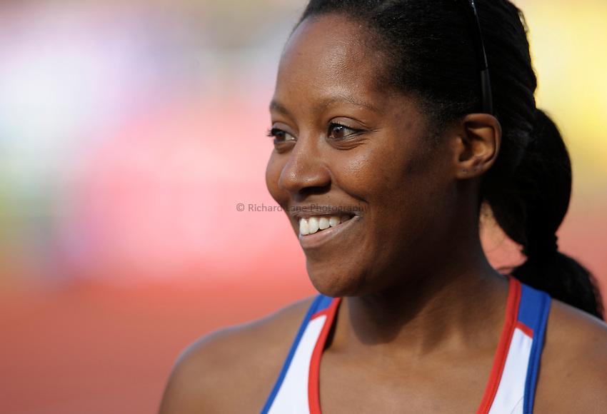 Photo: Ady Kerry/Richard Lane Photography..Aviva World Trials & UK Championships athletics. 12/07/2009. .Sarah claxton