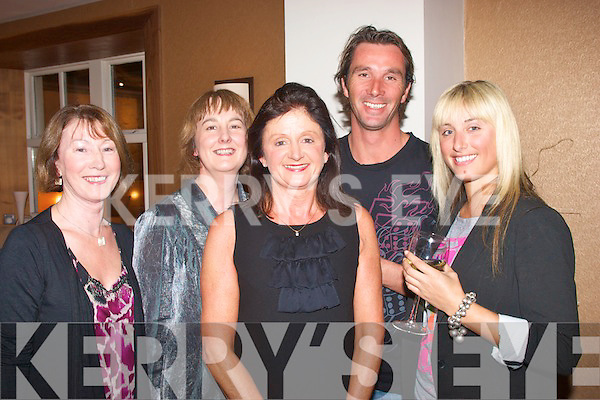 Attending the opening night in Val O'Shea's bar/restaurant,Bridge St Tralee,to welcome the new chef,David Norris,were L-R Shelia McMahon Buckley,Ann McMahon,Bobby O'Halloran(Proprietor)Tom Leen and Caroline Atelier..