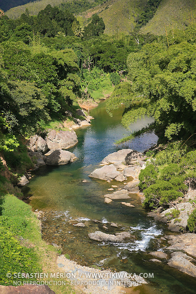 Rivière Tiwaka lieu-dit Ti Pwa Peng, Chaîne centrale, route Koné-Tiwaka, province Nord