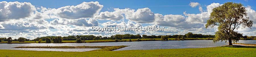 Elbtalaue bei Lauenburg: EUROPA, DEUTSCHLAND,SCHLESWIG- HOLSTEIN,  (EUROPE, GERMANY), 27.09.2015: Elbtalaue bei Lauenburg