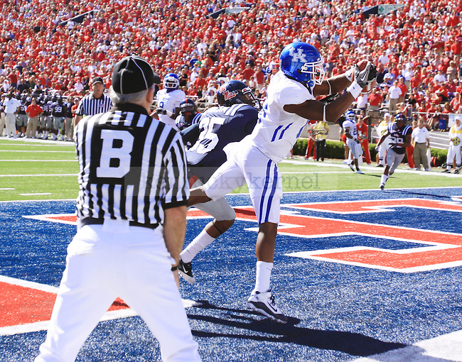 UK wide reciever Randall Cobb catches a pass for a two-point conversion in the fourth quarter against Ole Miss at Vaught-Hemingway Stadium on Saturday, Oct. 2, 2010. The catch put UK within two touchdowns of Ole Miss. Photo by Scott Hannigan | Staff