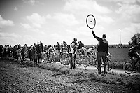 ready to help (with disc brakes)<br /> <br /> 114th Paris-Roubaix 2016<br /> sector 27: Troisvilles to Inchy (2.2km)