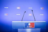 Présidence de l'UMP, soirée électorale au siège de l'UMP, rue de Vaugirard à Paris. Dimanche 18 novembre 2012. 2012©Jean-Claude Coutausse / french-politics pour Le Monde