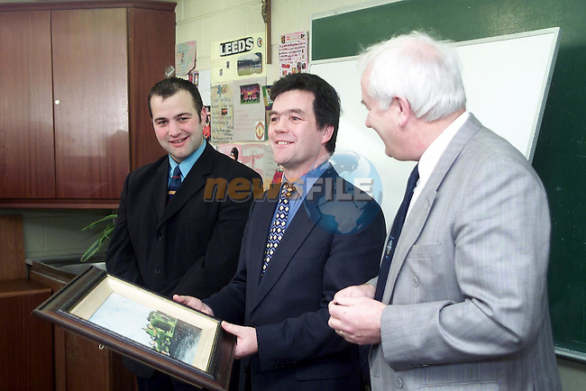 Minister Noel Dempsey, T.D. with teacher Paul Savage and Peter Nolan, principal during his visit to St. Joseph's C.B.S. on Monday..Picture Paul Mohan Newsfile