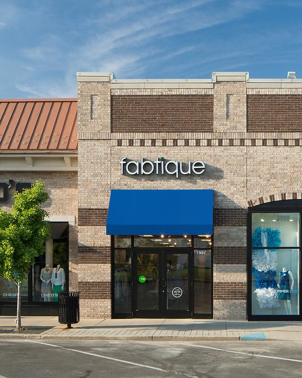 Fabtique at the Shops on Lane Avenue   Fabtique