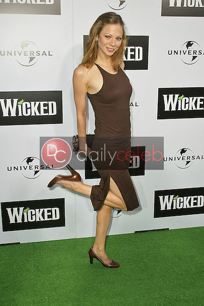 """Tamara Braun<br /> at the LA Premiere of Universal's """"Wicked,"""" Pantages Theater, Hollywood, CA 06-22-05<br /> David Edwards/DailyCeleb.Com 818-249-4998"""