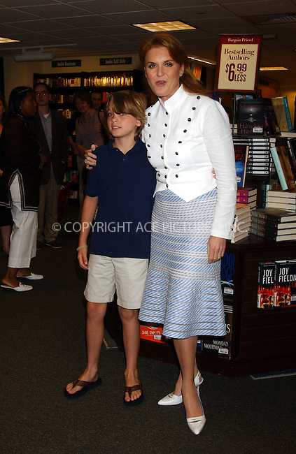 WWW.ACEPIXS.COM . . . . . ....June 27, 2006, New York City. ....Sarah Ferguson signs her children's book 'Little Red's Summer Adventure' at Barnes and Noble. ....Please byline: KRISTIN CALLAHAN - ACEPIXS.COM.. . . . . . ..Ace Pictures, Inc:  ..(212) 243-8787 or (646) 769 0430..e-mail: info@acepixs.com..web: http://www.acepixs.com