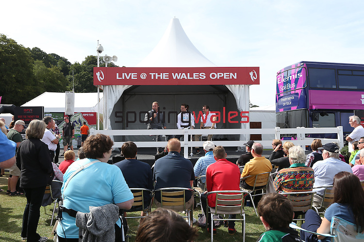 ISPS Handa Wales Open 2013<br /> Celtic Manor Resort<br /> Tented Village<br /> Scott Quinnell hosting a Q&amp;A with Sam Warburton &amp; George North.<br /> 01.09.13<br /> <br /> &copy;Steve Pope-Sportingwales