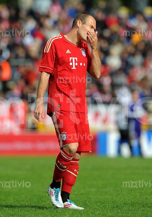 Fussball 1. Bundesliga :  Saison   2011/2012   Freundschaftsspiel  15.05.2011 FC Bayern Muenchen - Kreis Dueren Auswahl Arjen Robben (FC Bayern Muenchen)