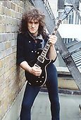1983: DIO - Vivian Campbell photosession in London
