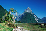 NZ, South Island, Fiordland NP, Mitre Peak