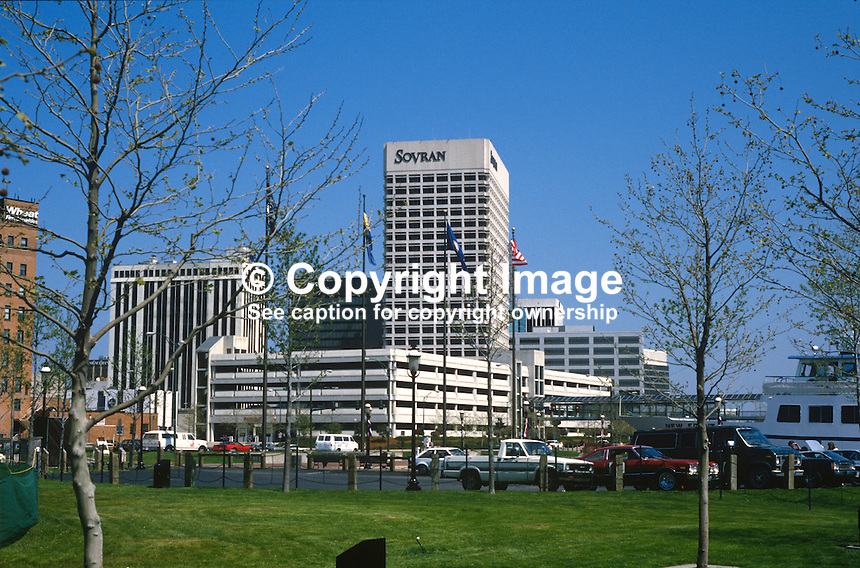 GV, Norfolk, Virginia, USA, 19880504NV4..Copyright Image from Victor Patterson, 54 Dorchester Park, Belfast, UK, BT9 6RJ..Tel: +44 28 9066 1296.Mob: +44 7802 353836.Voicemail +44 20 8816 7153.Skype: victorpattersonbelfast.Email: victorpatterson@me.com.Email: victorpatterson@ireland.com (back-up)..IMPORTANT: If you wish to use this image or any other of my images please go to www.victorpatterson.com and click on the Terms & Conditions. Then contact me by email or phone with the reference number(s) of the image(s) concerned.