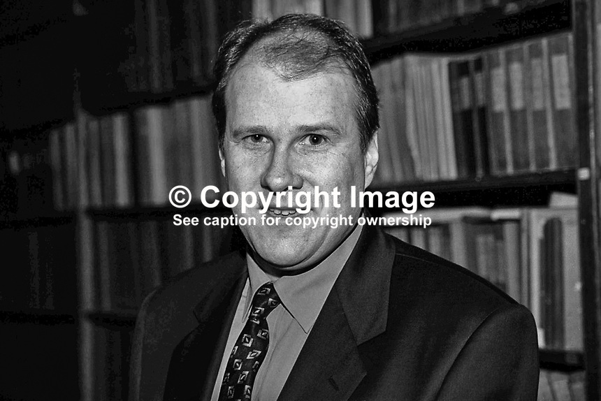 Ivan Yates, Fine Gael, TD, Rep of Ireland, Ref: 199902057.<br />