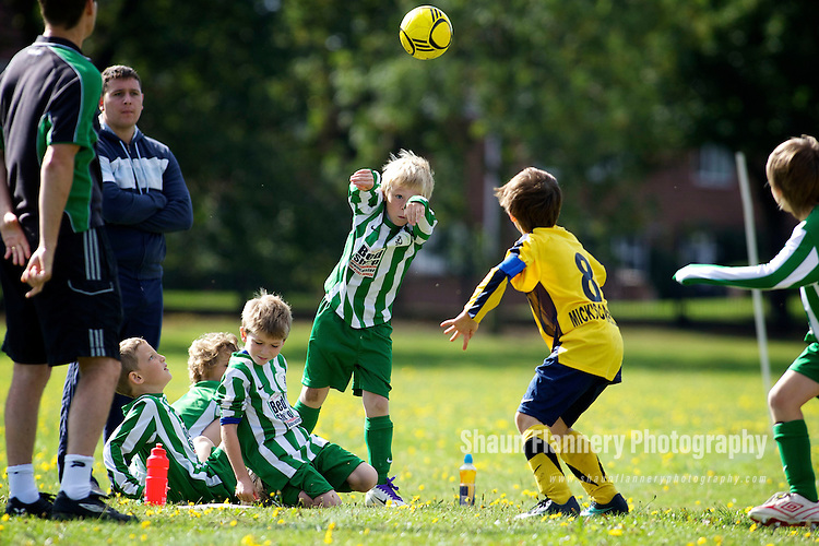 Pix: Shaun Flannery/shaunflanneryphotography.com...COPYRIGHT PICTURE>>SHAUN FLANNERY>01302-570814>>07778315553>>..12th September 2010............Rossington v Sprotbrough Crusaders under 9's..Mason