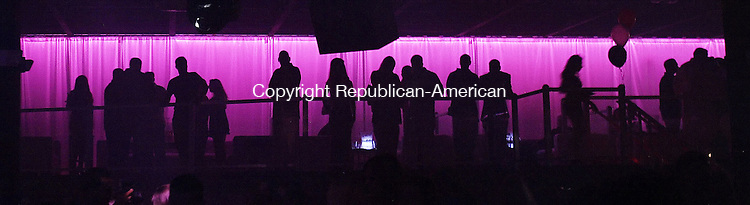 WATERBURY, CT 07/03/08- 070308BZ010- Patrons silhouetted in the VIP lounge area at Sin City, Waterbury's new megaclub, Thursday night.<br /> Jamison C. Bazinet Republican-American