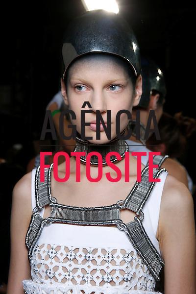 Paris, Franca&sbquo; 09/2013 - Desfile de Alexander McQueen durante a Semana de moda de Paris  -  Verao 2014. <br /> Foto: FOTOSITE