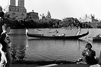 USA. New York. Central Park. Boating on the Lake has been a popular pastime from the Park's earliest days. Tourists and visitors can rent rowboats or hire an authentic Venetian gondola. © 1986 Didier Ruef