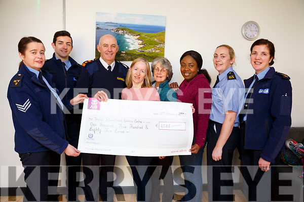Tralee Garda Station hosted a coffee morning on Monday morning last to present a cheque from the Annual Christmas Street Collection to Tralee International Resource Centre.<br /> L-r, Sgt Eileen O&rsquo;Sullivan, Garda Aidan O&rsquo;Mahoney, Chief Superintendent Tom Myers, Mary Carroll (Tralee International Resource Centre), Syliva Thompson (Tralee International Resource Centre), Bampe Obadina (Tralee International Resource Centre), Garda Mary Gardener and Garda Patricia Fitzpatrick.