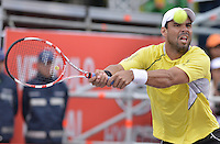 BOGOTÁ -COLOMBIA. 21-07-2013. Alejandro Falla (COL) durante partido contra Ivo Karlovic (CRO) en la final del ATP Claro Open Colombia 2013 jugado en el Centro de Alto Rendimiento en Bogota./ Alejandro Fall (COL) during match against Ivo Karlovic (CRO) in the final of ATP Claro Open Colombia 2013 at Centro de Alto Rendimiento in Bogota city. Photo: VizzorImage / Str