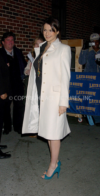 WWW.ACEPIXS.COM . . . . .  ....NEW YORK, FEBRUARY 8, 2006....Rachel Weisz stops by for a guest apperance at the Late Show with David Letterman.....Please byline: AJ Sokalner - ACEPIXS.COM.... *** ***..Ace Pictures, Inc:  ..Philip Vaughan (212) 243-8787 or (646) 769 0430..e-mail: info@acepixs.com..web: http://www.acepixs.com