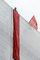 Roma, 11 Ottobre 2018<br /> Mimmo Mignano.<br /> Due operai della Fca di Pomigliano d'Arco sono saliti sul tetto di un edificio in piazza Barberini.vicino al Ministero del Lavoro per protestare contro il loro licenziamento e di quello di altri tre colleghi dopoaver inscenato nel 2014 il funerale dell'ad Sergio Marchionne davanti ai cancelli dello stabilimento. Chiedono l'intervento del Ministro Di Maio e alcuni parlamentari salgono a parlare con loro.