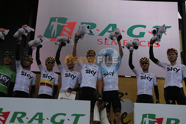 Team Sky leaders of the team classification on stage at sign on in Dusseldorf before the start of Stage 2 of the 104th edition of the Tour de France 2017, running 203.5km from Dusseldorf, Germany to Liege, Belgium. 2nd July 2017.<br /> Picture: Eoin Clarke | Cyclefile<br /> <br /> <br /> All photos usage must carry mandatory copyright credit (&copy; Cyclefile | Eoin Clarke)