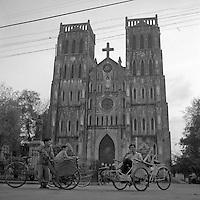 Vietnam, Hanoi.<br /> La Cattedrale di Saint Joseph.<br /> Vietnam, Hanoi.<br /> Saint Joseph Cathedral.