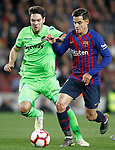FC Barcelona's Philippe Coutinho (r) and Levante UD's Vukcevic during La Liga match. April 27,2019. (ALTERPHOTOS/Acero)