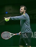 09-02-2014, Netherlands,Rotterdam,Ahoy, ABNAMROWTT, coach Tsjonga<br /> Photo:Tennisimages/Henk Koster