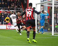 Callum Wilson of AFC Bournemouth scores and celebrates as Manchester United keeper David De Gea  looks dejected during AFC Bournemouth vs Manchester United, Premier League Football at the Vitality Stadium on 3rd November 2018