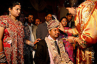 07.12.2008 Delhi(Haryana)<br /> <br /> The groom receiving tilak at his arrival at the wedding ceremony.<br /> <br /> Le marié recevant le tilak a son arrivée a la céremonie.