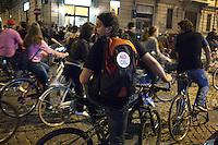 Milano: Critical Mass in giro per Milano