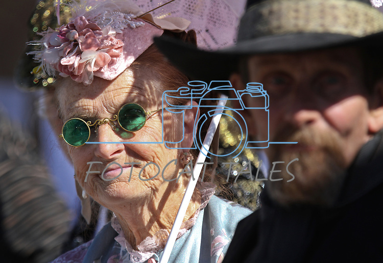 """Gunslingers of Nevada members Judy Fladland, as """"Katie Twist"""" and Richard Fladland as """"Rattlesnake Dick,"""" watch the Dayton Valley Days parade in Dayton, Nev., on Saturday, Sept. 18, 2010..Photo by Cathleen Allison"""