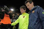 MADRID, Spain (14/02/10).-Liga BBVA de futbol. Partido Atletico de Madrid-FC Barcelona..Lionel Messi y Juan Carlos Unzue.©Raul Perez ..